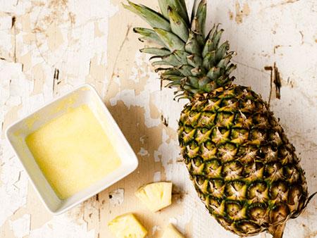 Маска из ананаса
