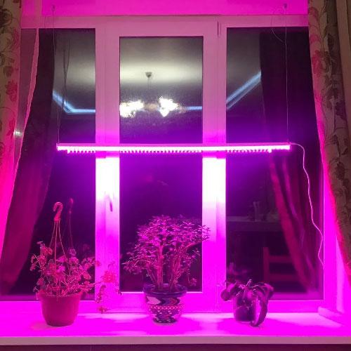 Линейный светильник для растений